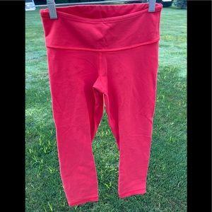 Lulu lemon sz 4 coral align crop leggings